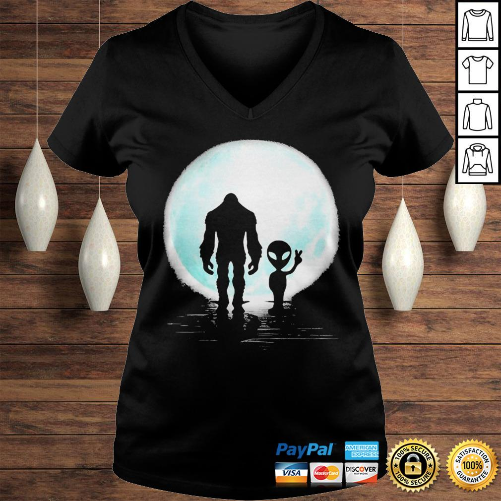 Bigfoot and alien under the moon shirt Ladies V-Neck