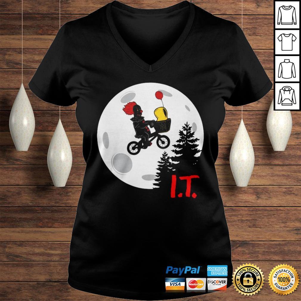 Pennywise IT Moon Halloween TShirt Ladies V-Neck