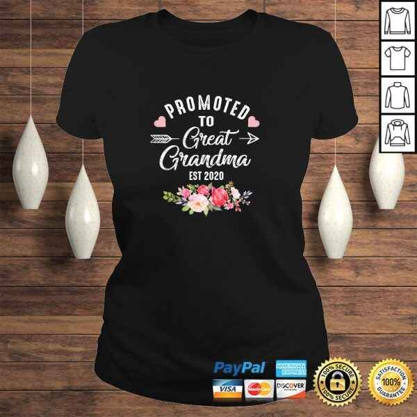 Womens Promoted to Great Grandma Est 2020 Costume Cute Grandma Tee Shirt