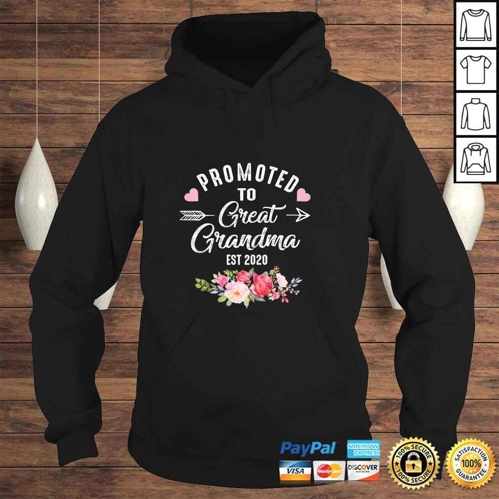Womens Promoted to Great Grandma Est 2020 Costume Cute Grandma Tee Shirt Hoodie