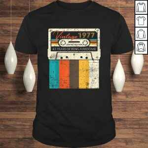 Official Vintage Made in 1977 43rd Bithday GIft 43 Years Old Birthday Tee Shirt